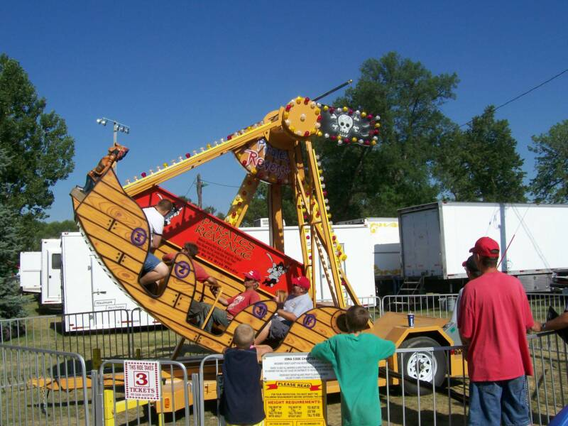 Pirate ship mechanical ride for children